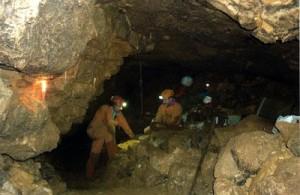 Un momento di riposo durante lo scavo, Foto Archivio G.S. Malo
